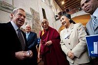 Václav Havel mit dem Dalai Lama (Foto: Tomáš Adamec, Archiv des Tschechischen Rundfunks)