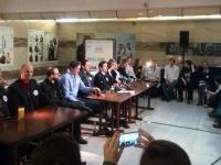 Zaměstnanci Agentury pro sociální začleňování stávku přerušili do jednání s premiérem (Foto: Martin Karlík)