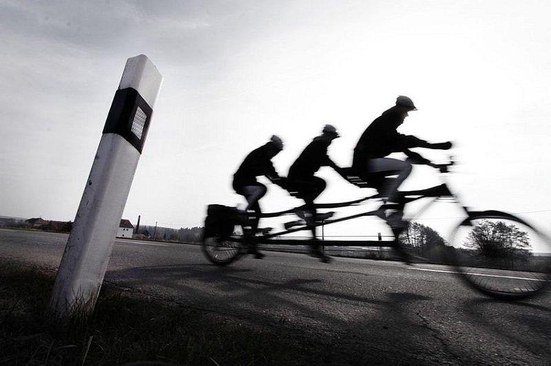 Радио Прага - Чешские незрячие велосипедисты едут к полярному кругу