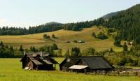 Lidová architektura ve slovenské vesnici Valkovňa (Foto: www.obecvalkovna.szn.com)
