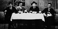 Ярослав Гашек и члены Партии умеренного прогресса в рамках закона (Фото: Free Domain)