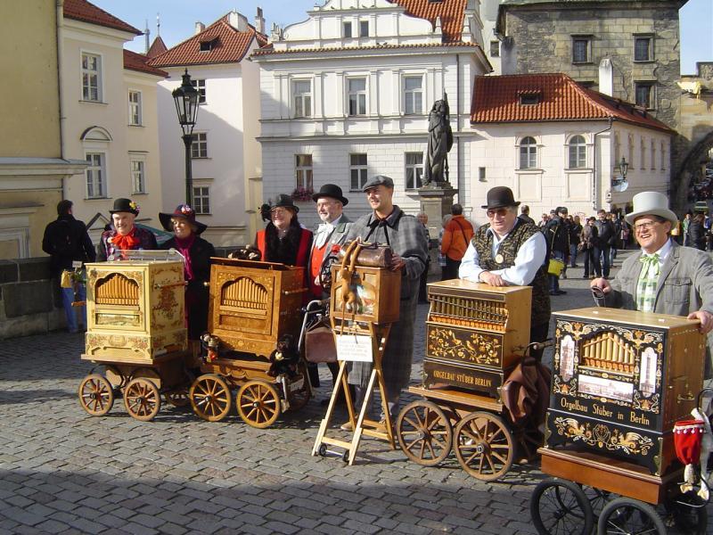 Radio Prag - Nach 37 Jahren wieder in Prag: Leichtathleten treffen ...