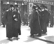 Jews in Vienna, photo: Public Domain