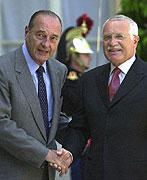 Vaclav Klaus und Jacques Chirac, Foto: CTK
