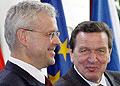 Německý kancléř Gerhard Schröder (vpravo) a český premiér Vladimír Špidla, foto: ČTK