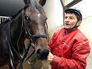 Le joker Josef Vana avec le cheval Retriever, photo: CTK