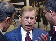 Former president Vaclav Havel at the exhibition, photo: CTK