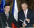 Philippe Douste-Blazy et Cyril Svoboda, photo: CTK
