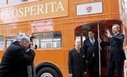 Prime Ministers Jiri Paroubek and Tony Blair in front of the double-decker bus, photo: CTK