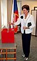 Voleb na českém generálním konzulátu v New Yorku se zúčastnila Ája Vrzáňová, foto: ČTK