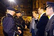 Vladislav Husak et Ivan Langer avec les patrouilles en armes, photo: CTK