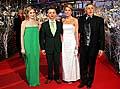 Regisseur Jiri Menzel (rechts) mit Julia Jentsch (links), Ivan Barnev und seiner Frau (Foto: CTK)