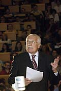 Vaclav Klaus presenting his views to students at the Prague School of Economics, photo: CTK