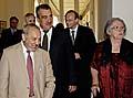 Außenminister Karel Schwarzenberg (Zweiter von links) emfing Vertreter von Organisation der NS-Opfer (Foto: CTK)