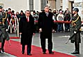 Premier Mirek Topolánek (rechts) mit seinem österreichischen Amtskollegen Alfred Gusenbauer (Foto: ČTK)