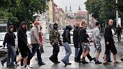 Krajně pravicová Dělnická strana uspořádala 16. srpna nepovolené shromáždění v centru Hradce Králové. Téměř tři stovky sympatizantů včetně slovenských a německých účastníků se sešly na Ulrichově náměstí (Foto: ČTK)
