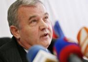 Prezident Policejního sboru SR Ján Packa vystoupil 8. dubna v Košicích na tiskové konferenci k případu týrání zadržených mladých Romů policisty (Foto: ČTK)