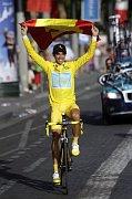 Vítěz letošní Tour de France Alberto Contador, foto: ČTK