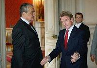 Karel Schwarzenberg et Bernard Kouchner, photo: CTK