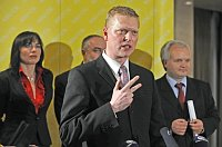 Pavel Bělobrádek, zleva vpozadí místopředsedové strany Klára Liptáková, Petr Šilar aPavel Svoboda, foto: ČTK