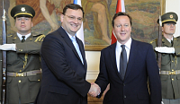 Petr Neas (vlevo) a&nbsp;david Cameron, foto: TK