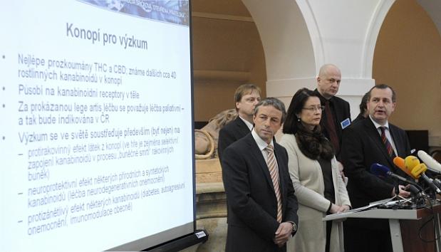 Pavel Bém et Miroslava Němcová, photo: CTK