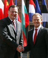 Petr Nečas con su homólogo polaco, Donald Tusk, foto: ČTK