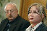 Oldřich Ryšavý et la mère du garçon, photo: CTK