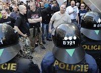 La marcha de los radiclaes de extrema derecha, foto: ČTK