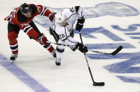 New Jersey Devils' Patrik Eliáš, Los Angeles Kings' Trevor Lewis, photo: CTK