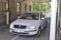 Les détectives de l'ÚOOZ ont procédé à une descente au Ministère de la Défense, photo: CTK