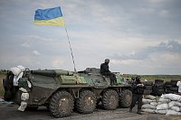 Ukrainian National Guard troops guard a checkpoint outside of Slovyansk, Ukraine, May 4, 2014, photo: CTK