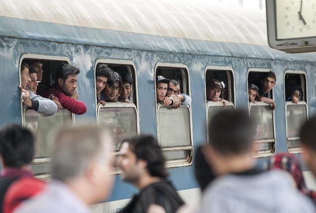 Ministerio del interior informar sobre los inmigrantes en for Pagina del ministerio del interior
