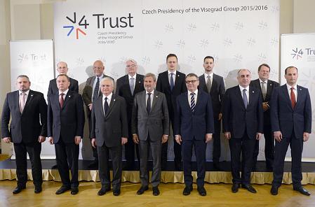 Treffen der Visegrad-Gruppe und osteuropäischer Staaten (Foto: ČTK)