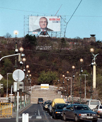 http://img.radio.cz/pictures/ctk_a/klaus_billboard.jpg
