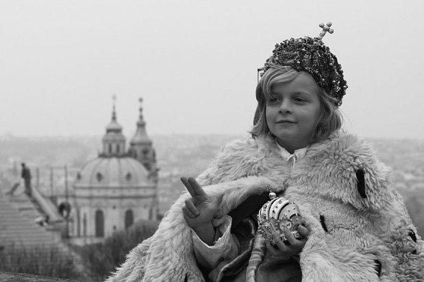 http://img.radio.cz/pictures/filmy/prazske_jezulatko6.jpg