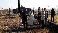 Shooting of 'Toman Brod: Praha – Terezín – Birkenau – Märzbachtal – Praha', photo: Matofilm