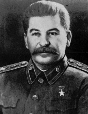 Et si Fullmetal Alchemist venait de Russie? Stalin