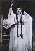 Opernsängerin Marie Podvalová als Libussa