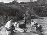Tzv. 'Klub sebevrahů', zleva: Rudolph Schott, Apollo Milton Olin Smith, Frank Malina, Ed Forman a Jack Parsons, 15.11. 1936, foto: NASA/JPL