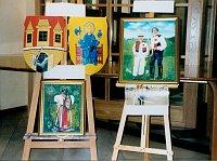 Z výstavy obrazů s folklorní tématikou