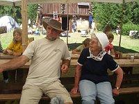 Z českého skautského tábora ve Valendas, který Dana Seidlová zakládala. Dlouhá léta zde jako vedoucí působí také Pavel Beco.