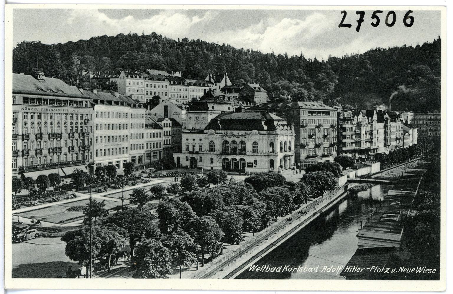 La place Adolf Hitler à Karlovy Vary, 1939, photo: Brück ' Sohn Kunstverlag Meißen, CC BY-SA 3.0