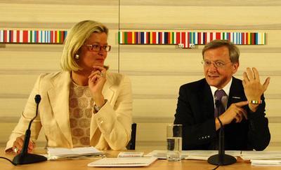 Austrian Chancellor Wolfgang Schuessel and Foreign Minister Ursula Plassnik