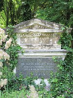 Jakob Eduard Polak's grave in Vienna, photo: Papergirl, CC BY-SA 4.0