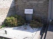 Военная могила воинов РОА, Радотинское кладбище
