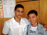 Armén Tigran Movsisyan a Vietnamec Cuc Phi Viet jsou velcí kamarádi a také spolužáci ze třetího ročníku (Foto: Pavel Sedláček)