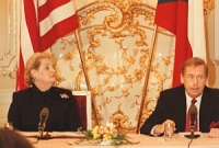 Václav Havel y Madeleine Albright