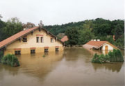 Hochwasser in Roztoky bei Prag