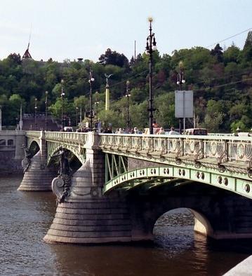 Le tchèque du bout de la langue Les ponts de Prague (4e partie)